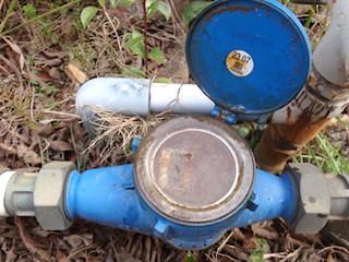 メーター器水漏れ
